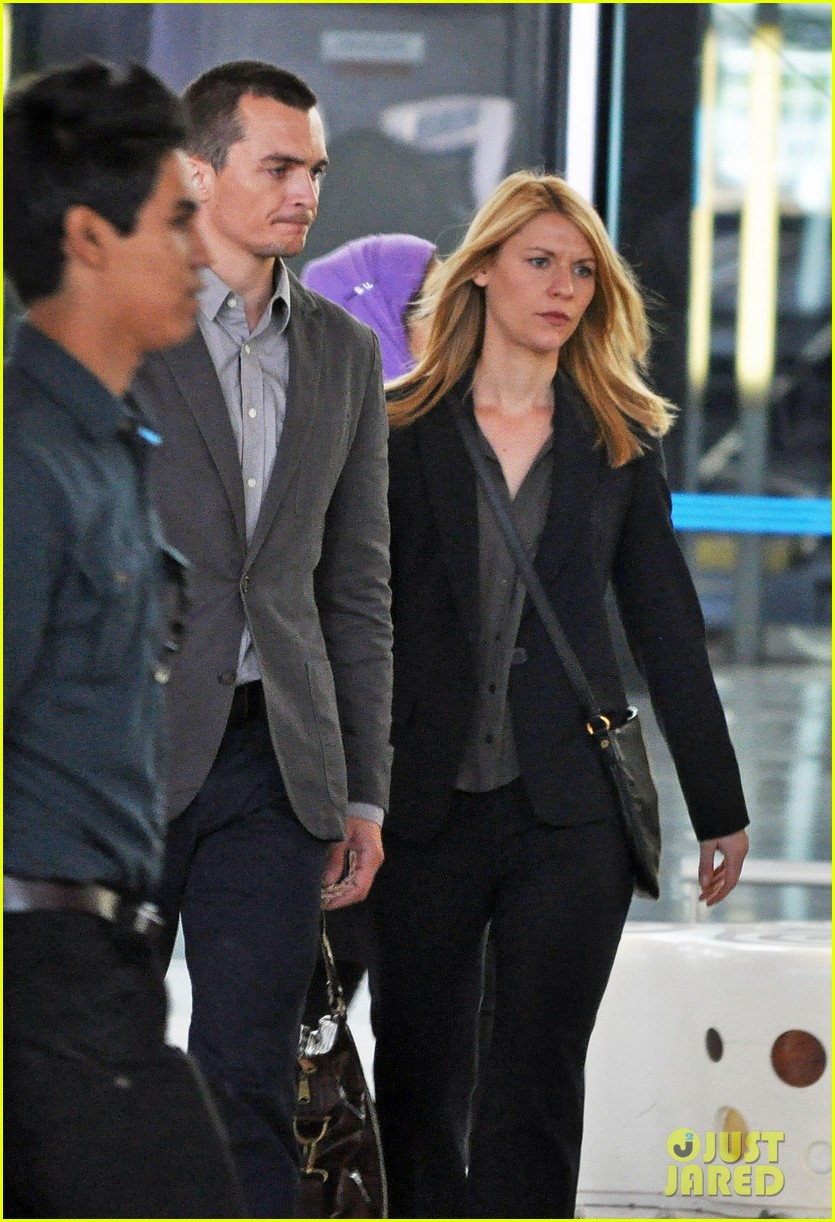 claire danes rupert friend film homeland season 4 in cape town 043138952