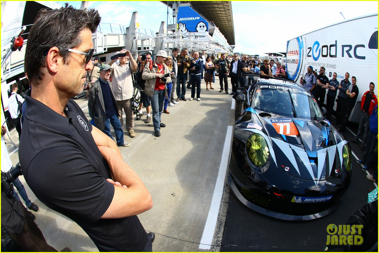 patrick dempsey gets behind the drivers wheel at le mans 06