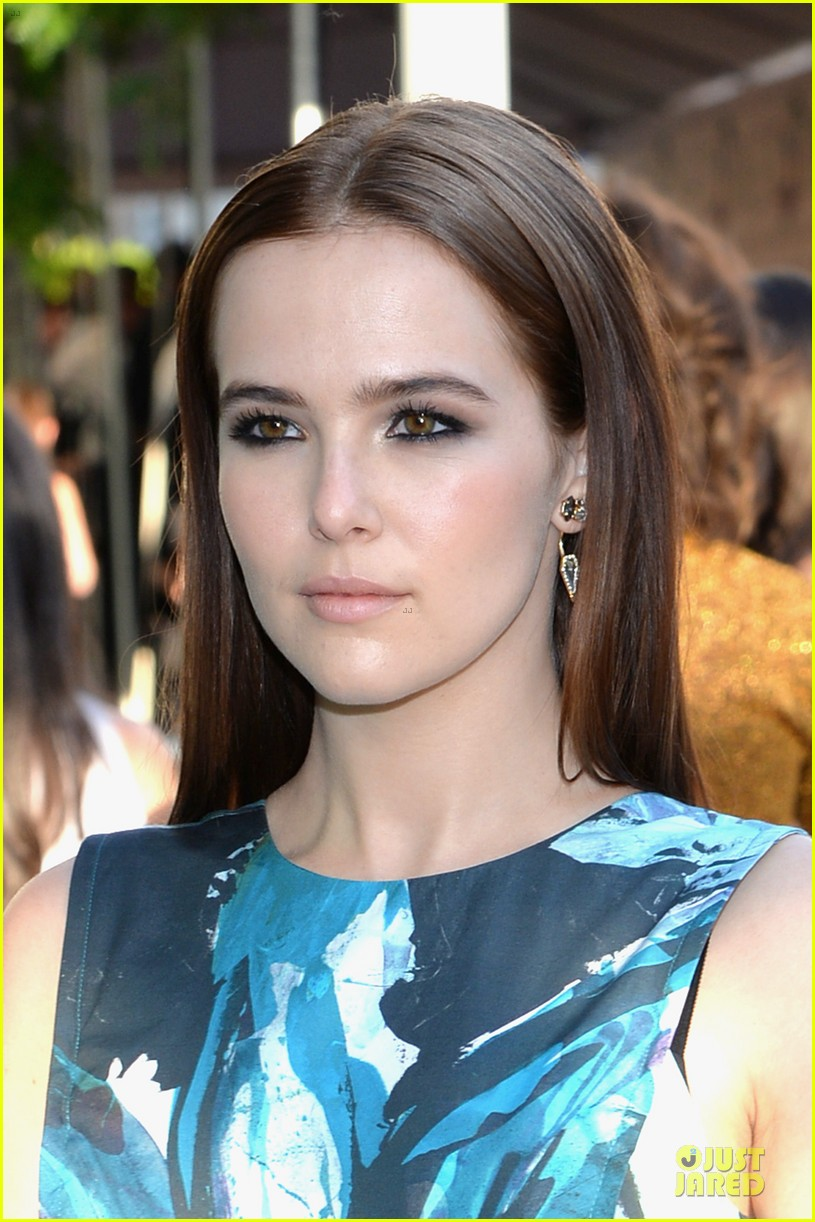 zoey deutch brie larson dressy cfda awards 2014 103127008