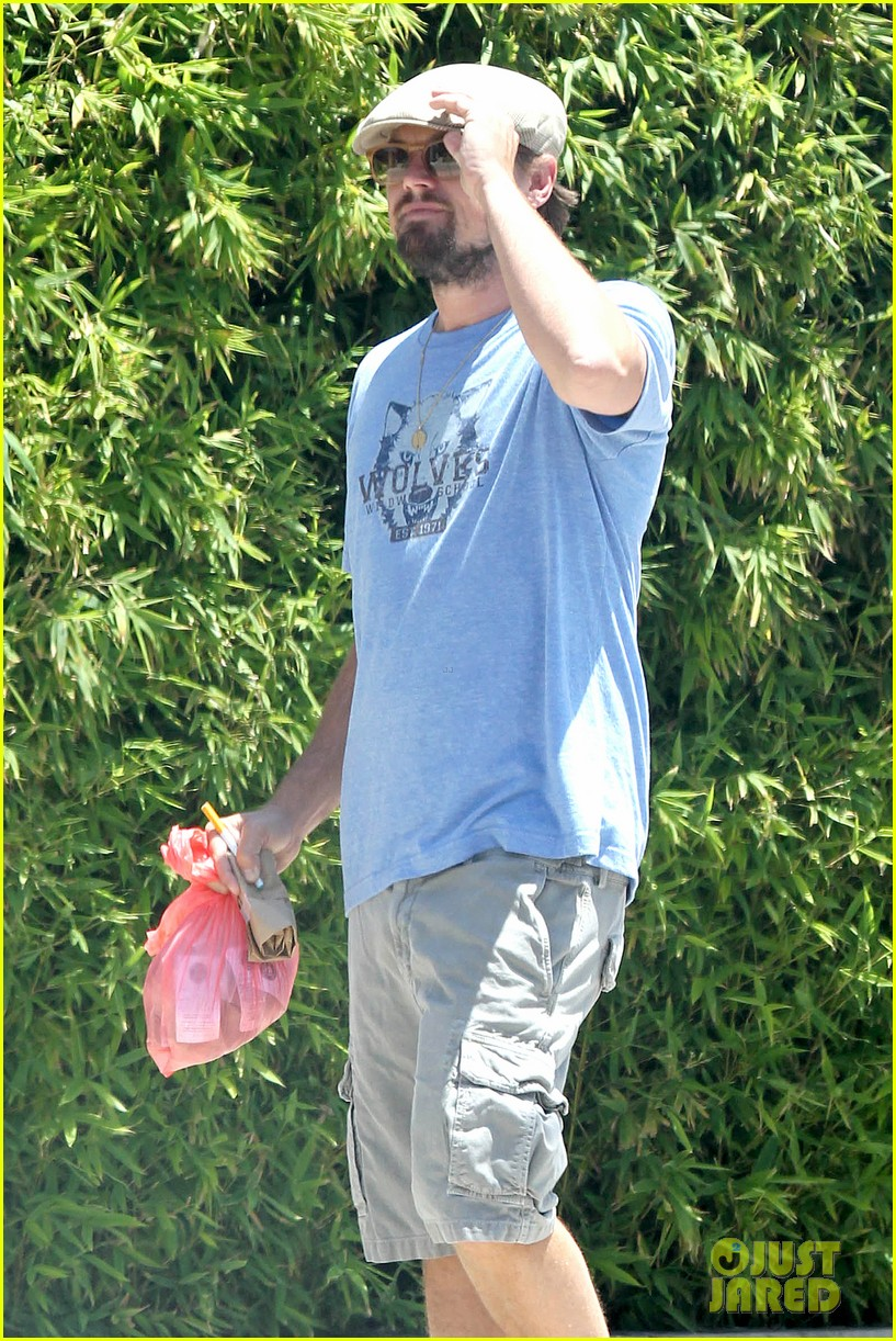 leonardo dicaprio brunches on sunday 07