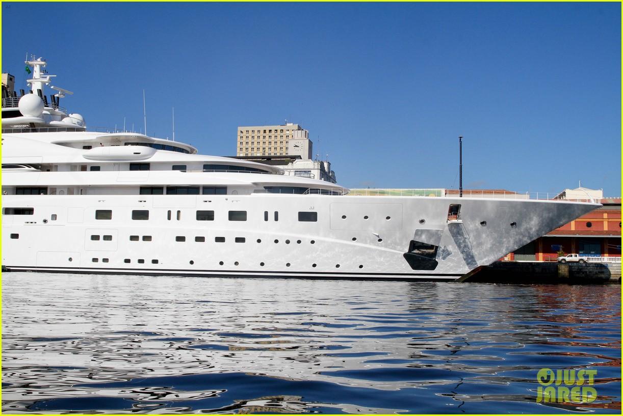 leonardo dicaprio luxury yacht world cup 17