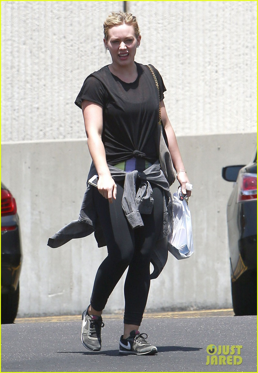 hilary duff grateful for mike comrie 013136298