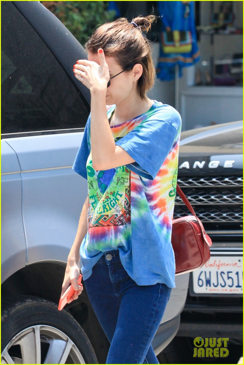 emma roberts begins filming ashby nat wolff 10