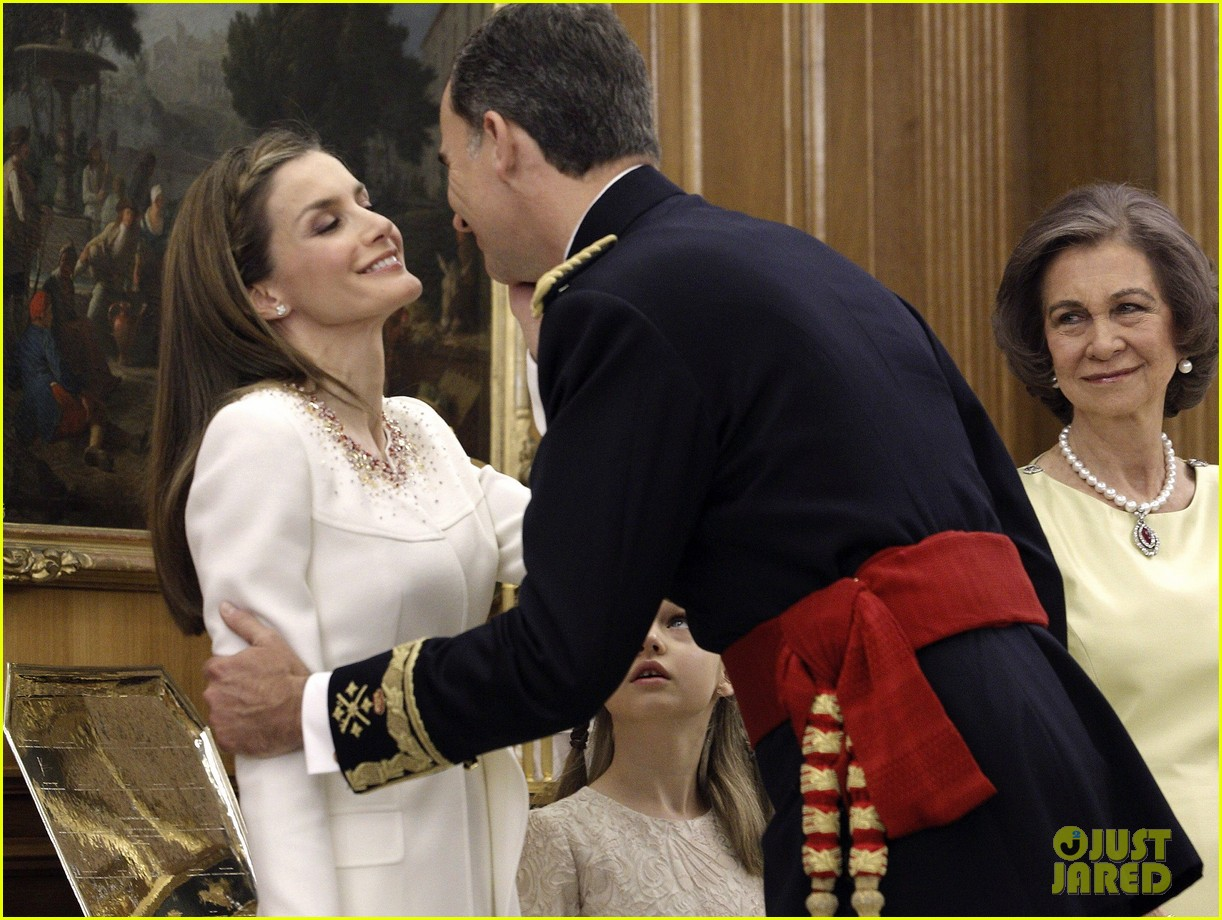 king felipe vi queen letizia of spain coronation 04