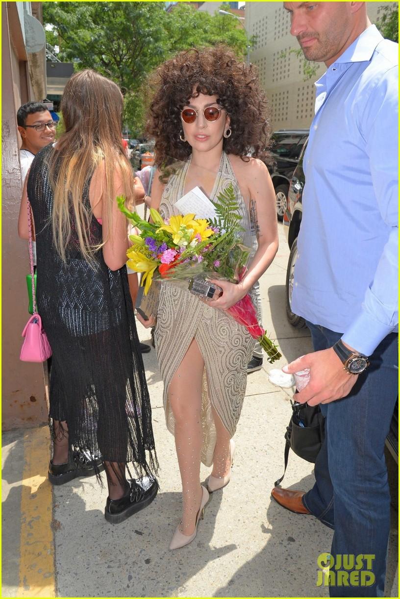 lady gaga curly hair tony bennett rehearsals 023141270
