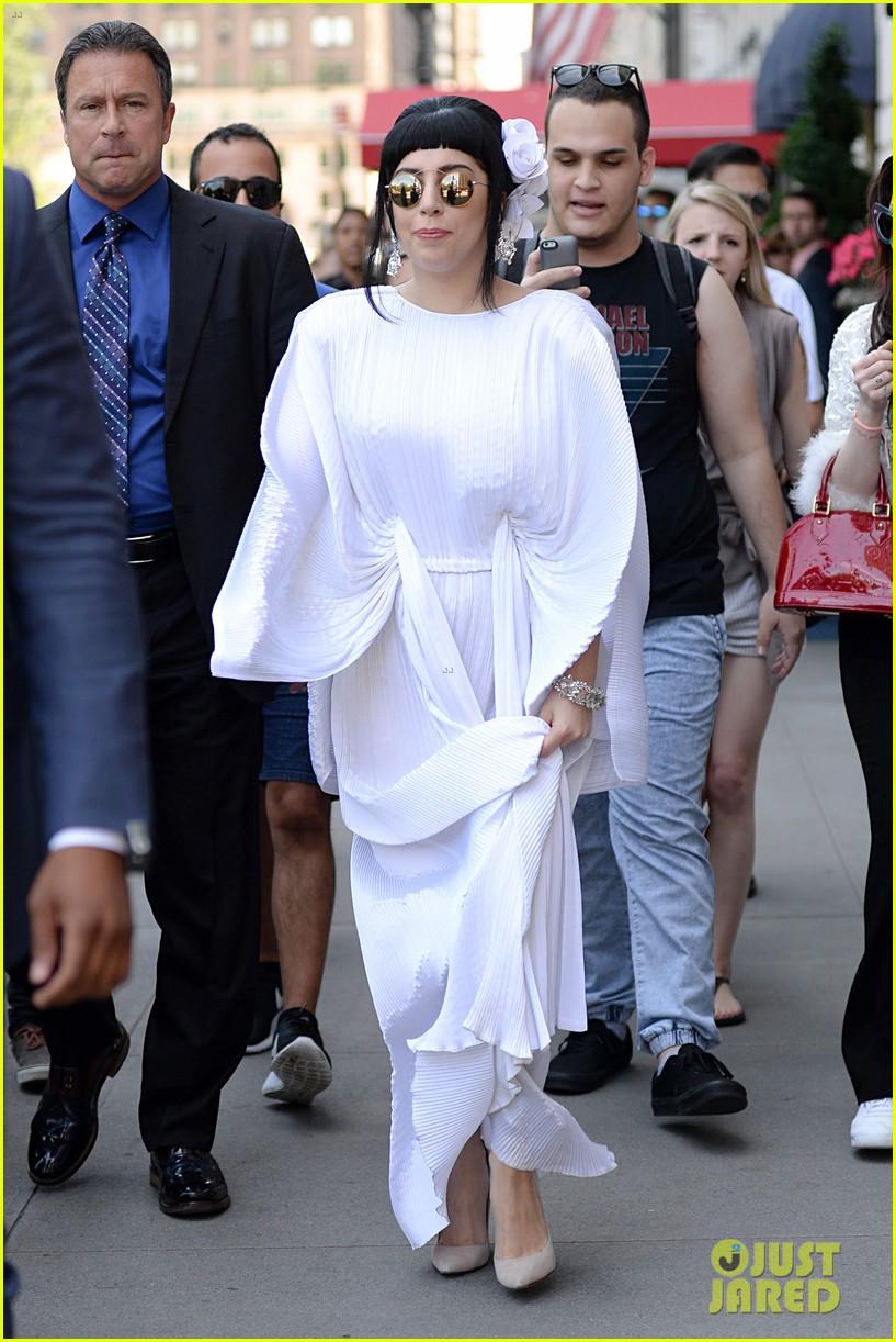 lady gaga kimono dress 123140109