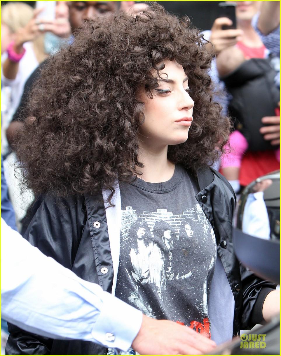 lady gaga skid row rebel in new york city 08
