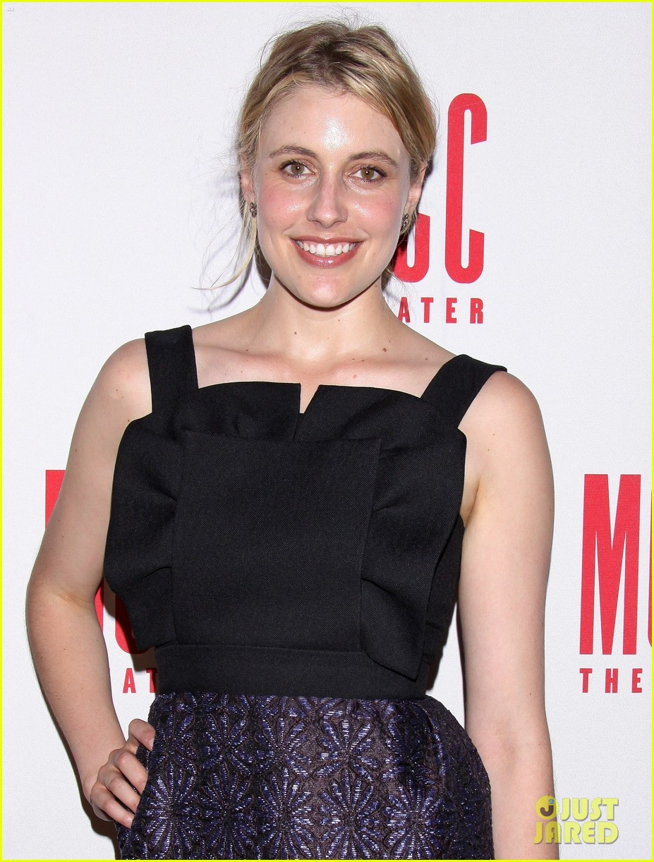 greta gerwig the village bike after party08