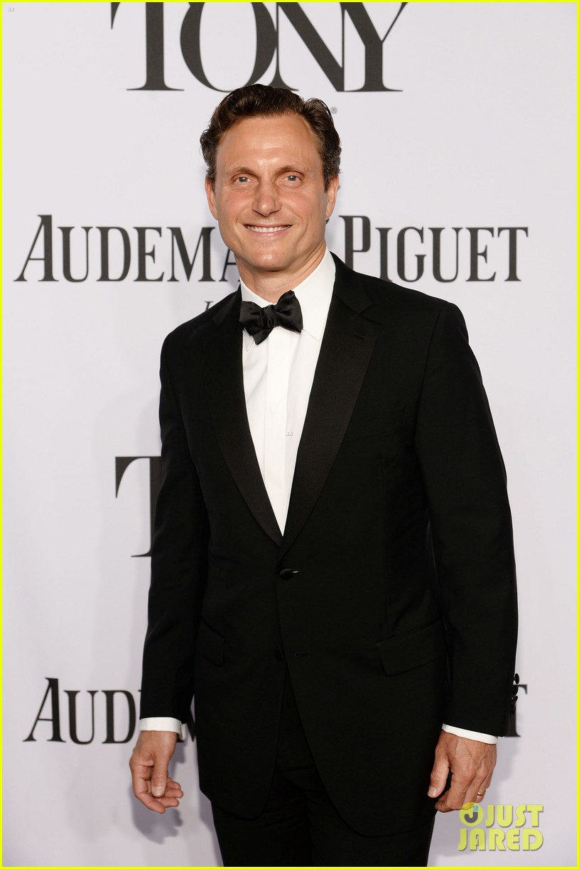 tony goldwyn ethan hawke arrive to present at tony awards 2014 073131343