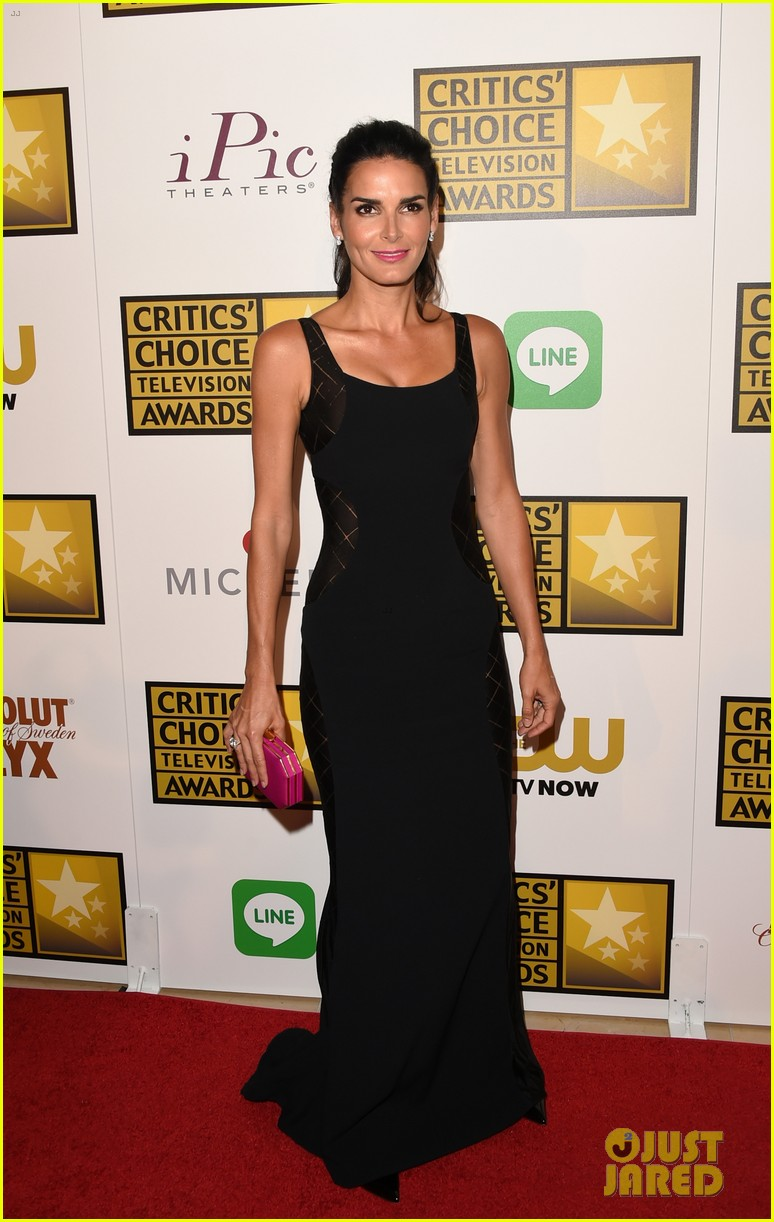 kat graham gina rodriguez critics choice tv awards 2014 18