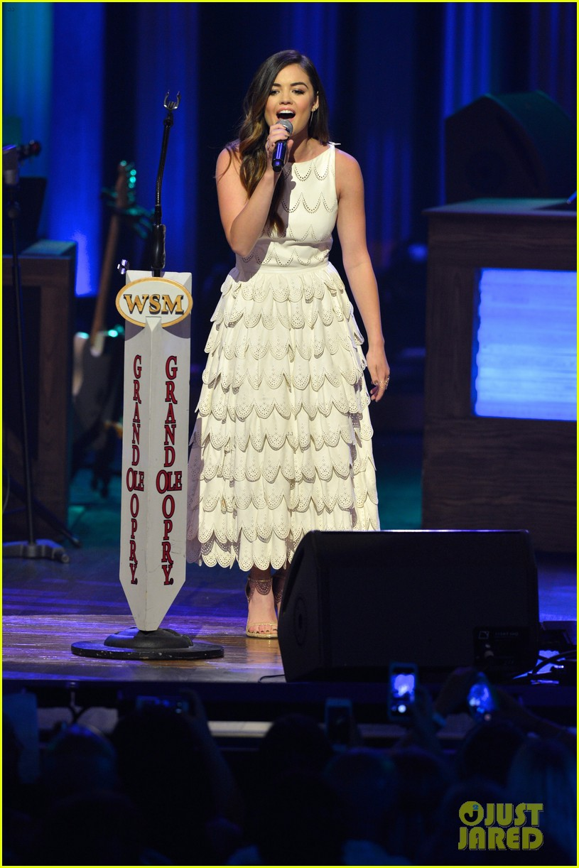 lucy hale makes her grand ole opry debut 05