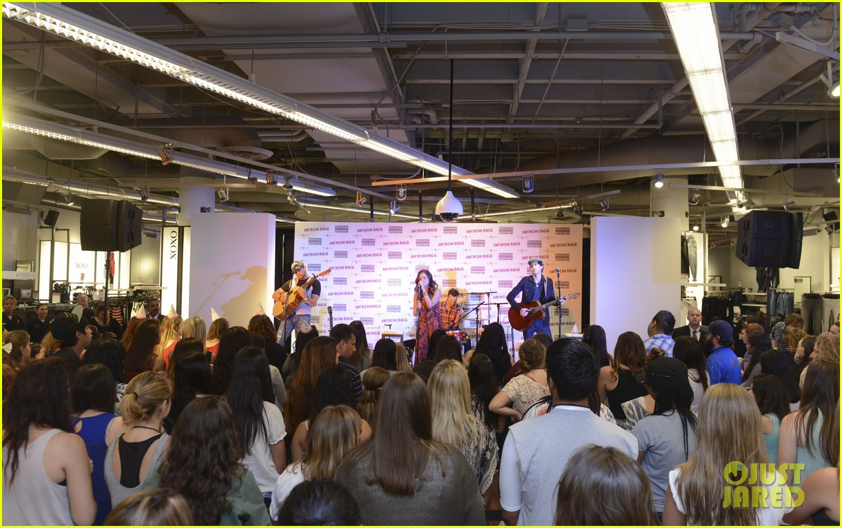 lucy hale all access mall meet up 203135762