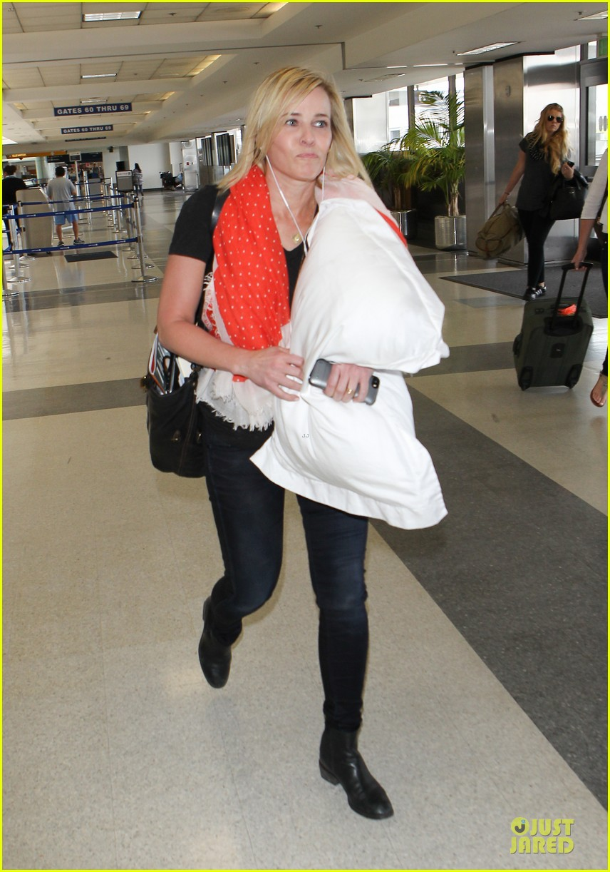 chelsea handler lax departure as comfy as possible 113145191