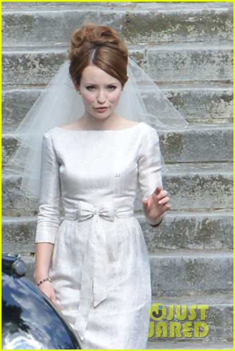 tom hardy emily browning get married for legend 11