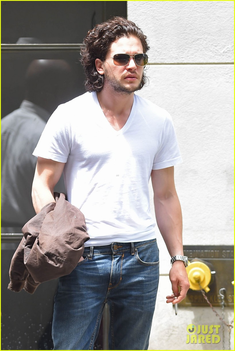 kit harington dishes on game of thrones finale 033135487