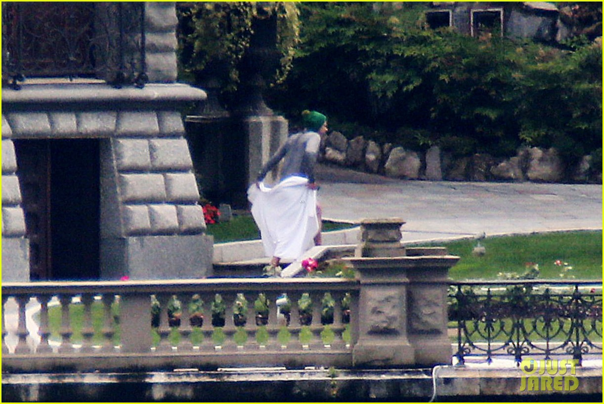 harry styles jumps into lake como 243146820