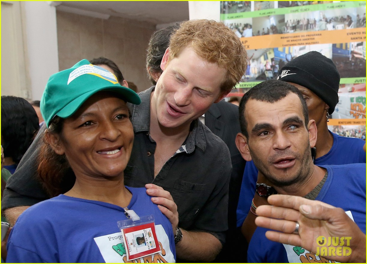 prince harry gets invitation to brazil by beautiful sabrina soto 023144582