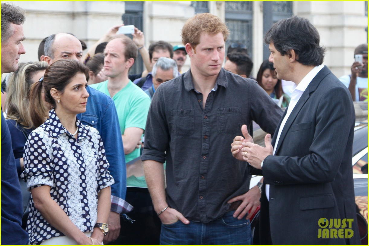 prince harry gets invitation to brazil by beautiful sabrina soto 13