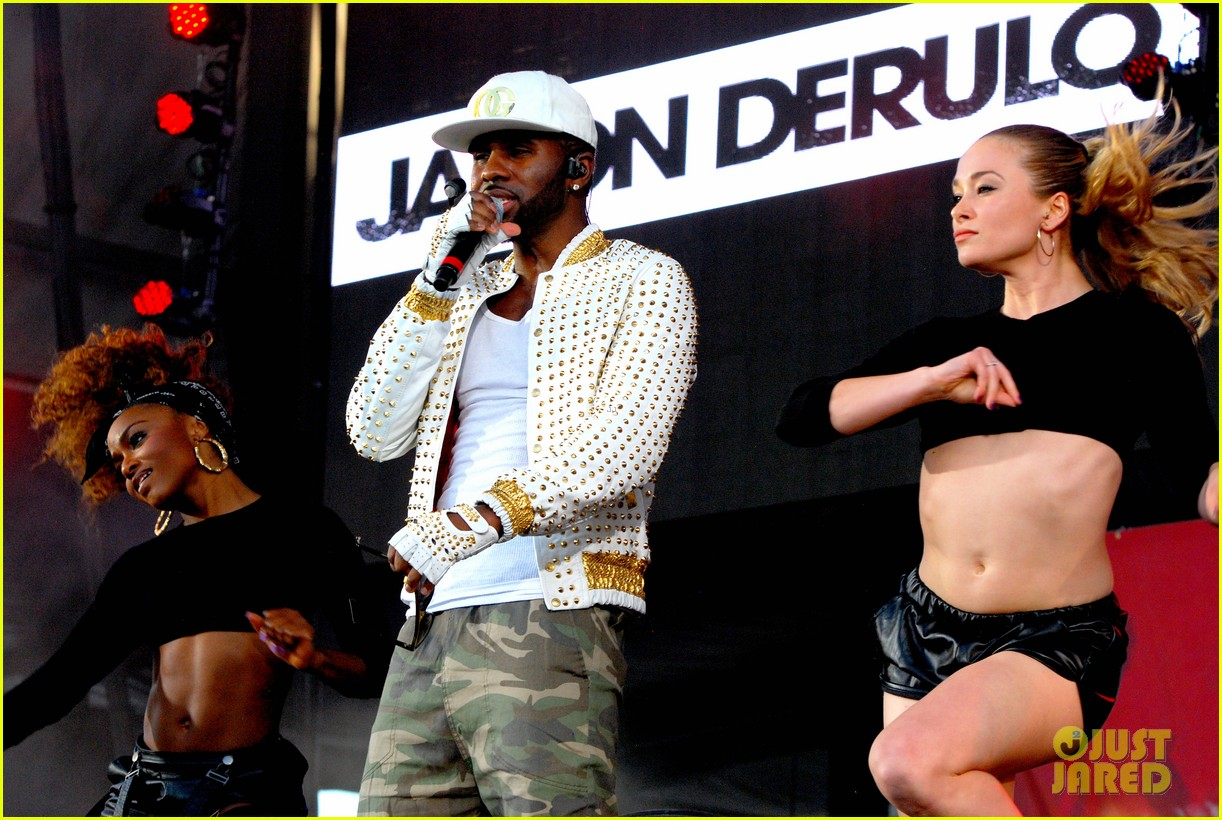 iggy azalea austin mahone summer bash 2014 17