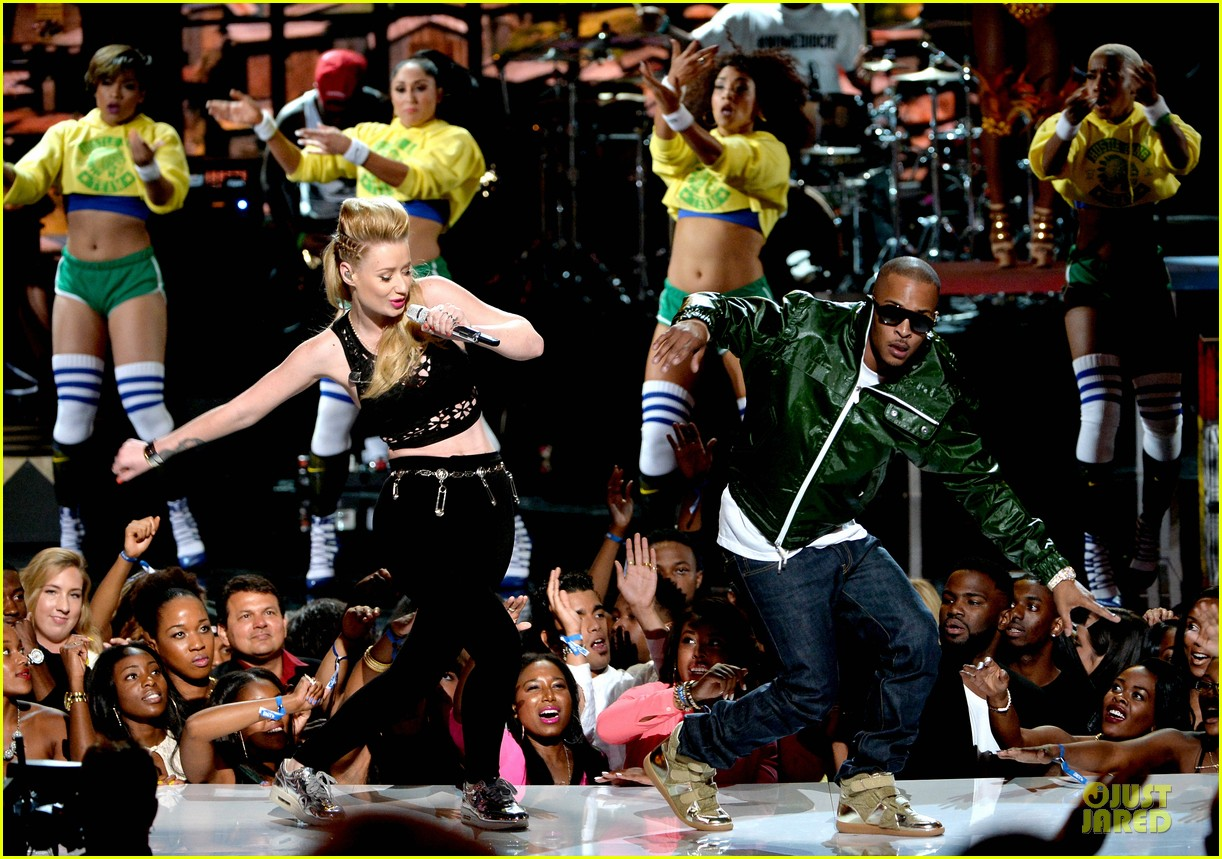 iggy azalea ti no medicare at bet awards 2014 013146509