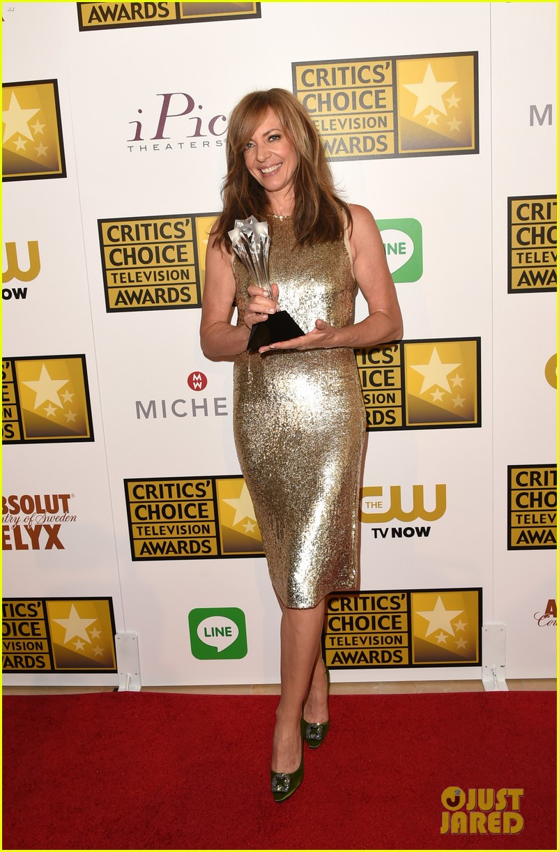 allison janney critics choice tv awards 2014 09