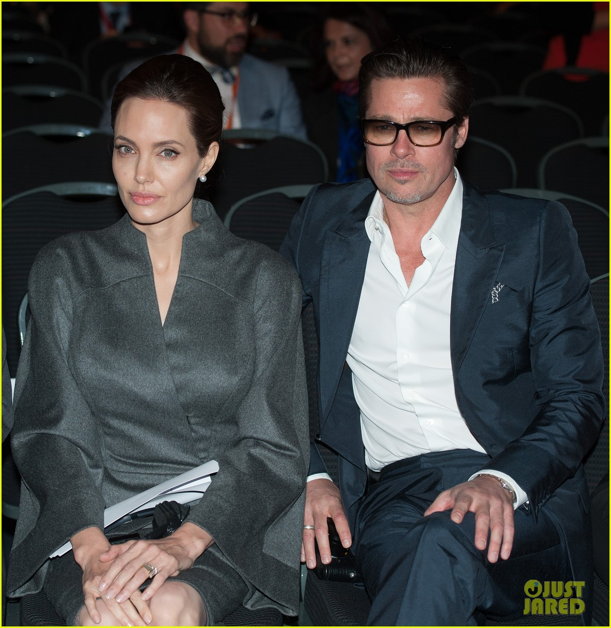 angelina jolie brad pitt keep hand in hand at the global summit end sexual violence 02
