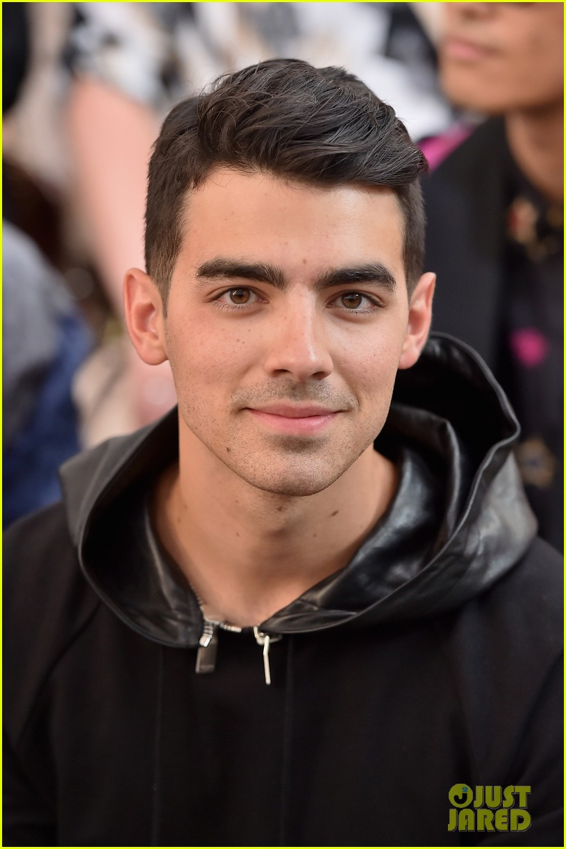 joe jonas milan fashion week 10