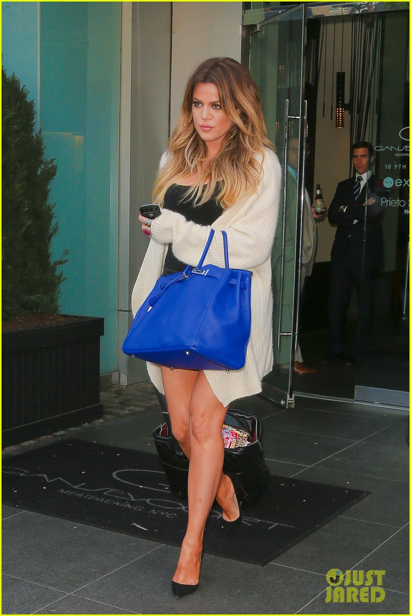 khloe kardashian celebrates 30th birthday 08