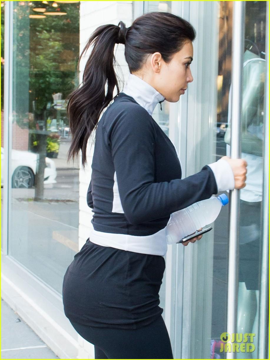 kim kardashian shopping for bigger new york city apartment 043145723