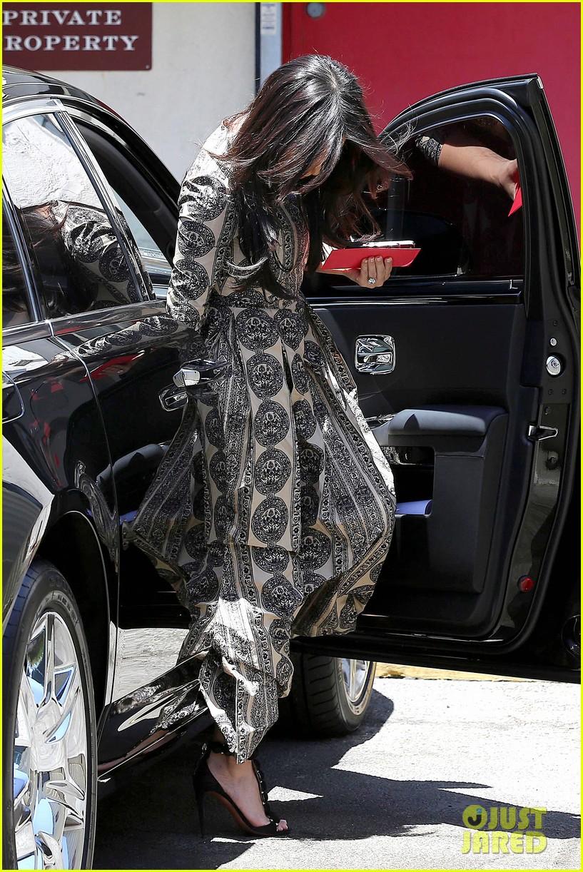 kim kardashian legendary paris trip 12
