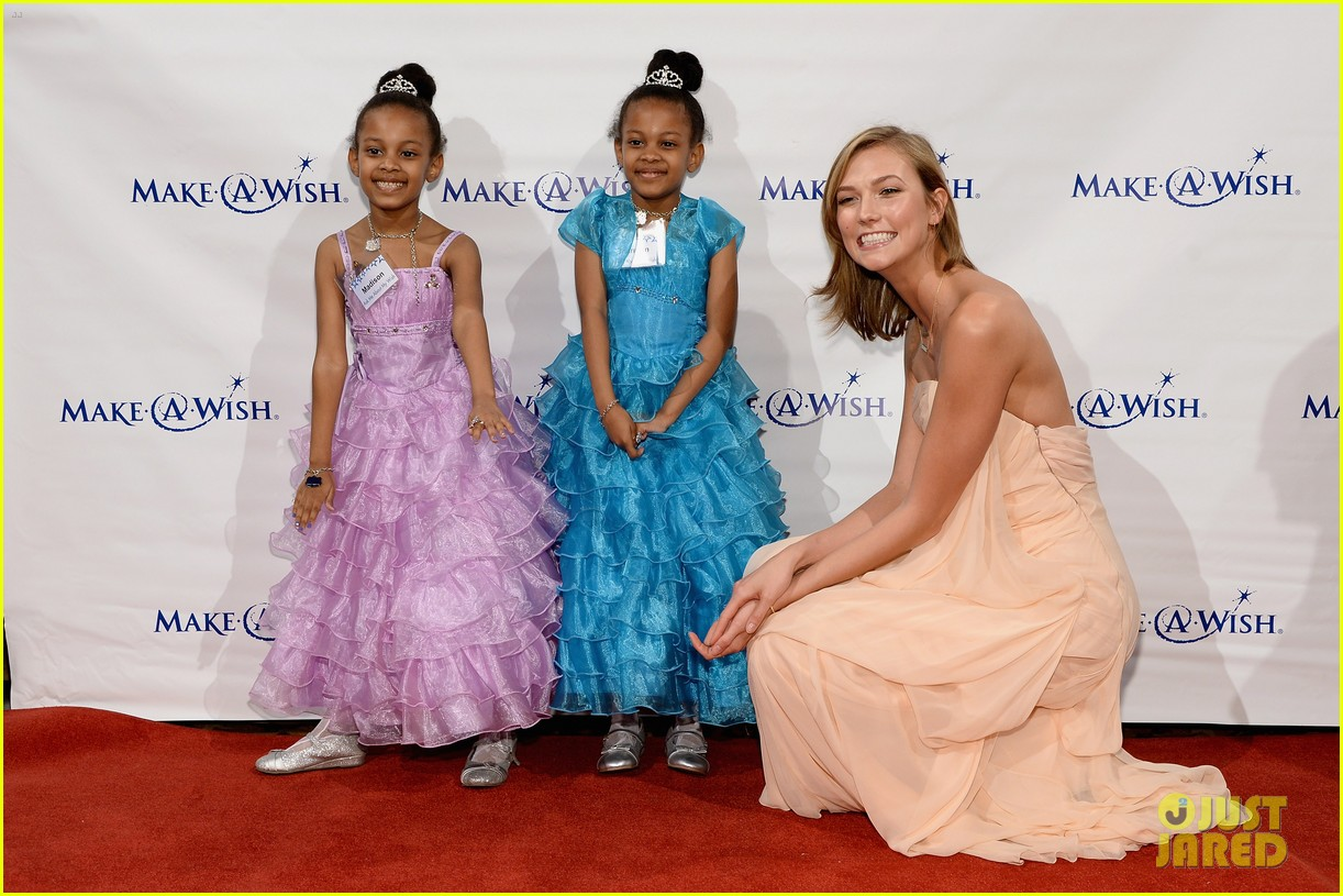 karlie kloss is a true angel at make a wish gala 023134663