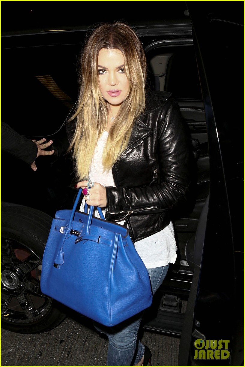kim khloe kardashian take night flights out of lax 06