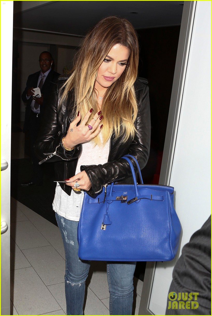 kim khloe kardashian take night flights out of lax 15