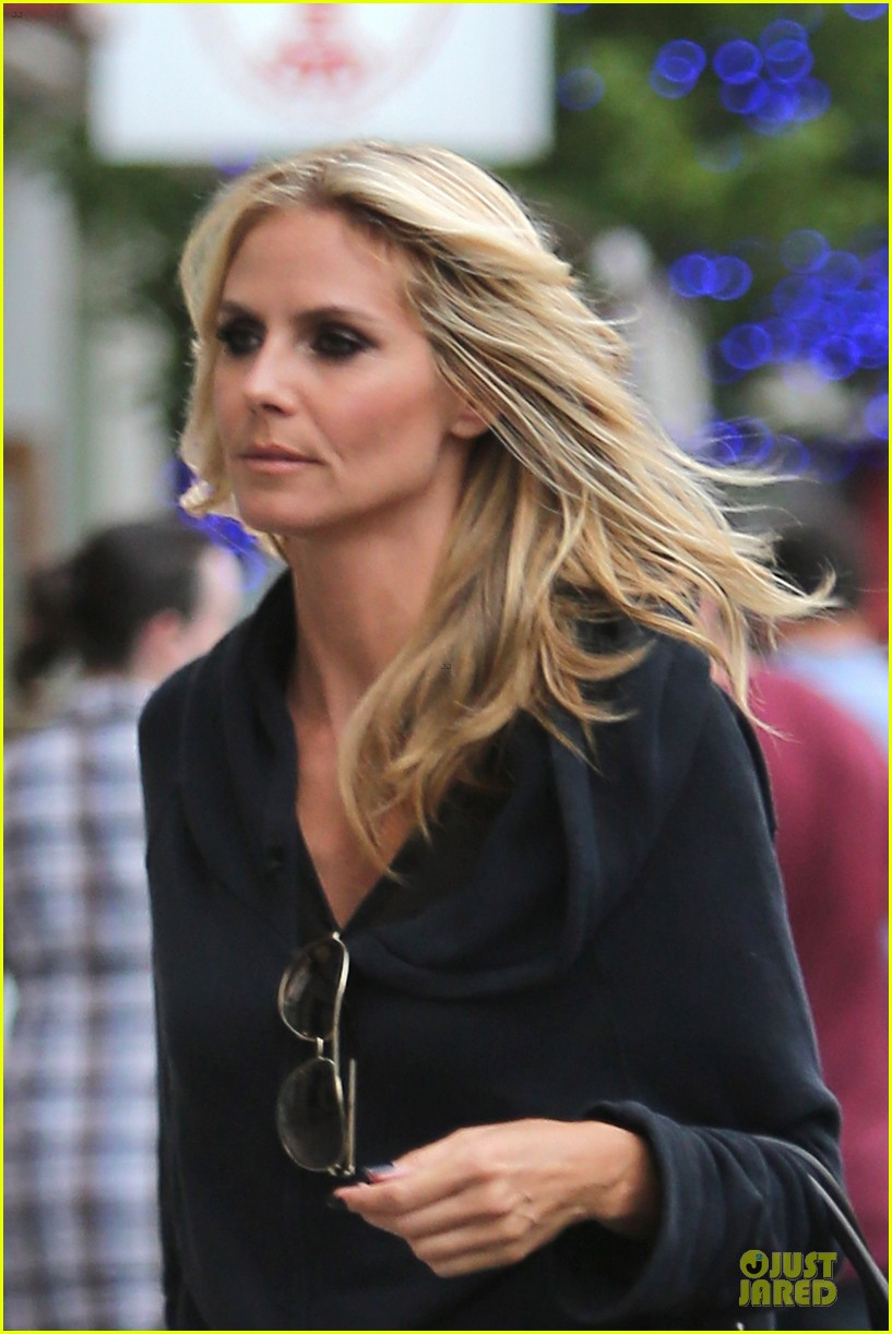 heidi klum ready to punch howie mandel on agt 083137681
