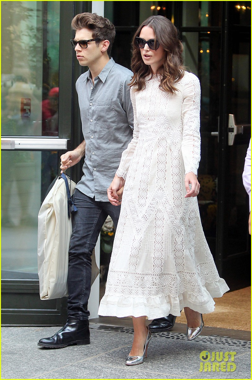 keira knightley james righton begin again premiere 203143412