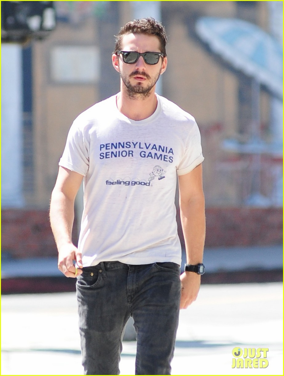 shia labeouf gym time vintage top 02