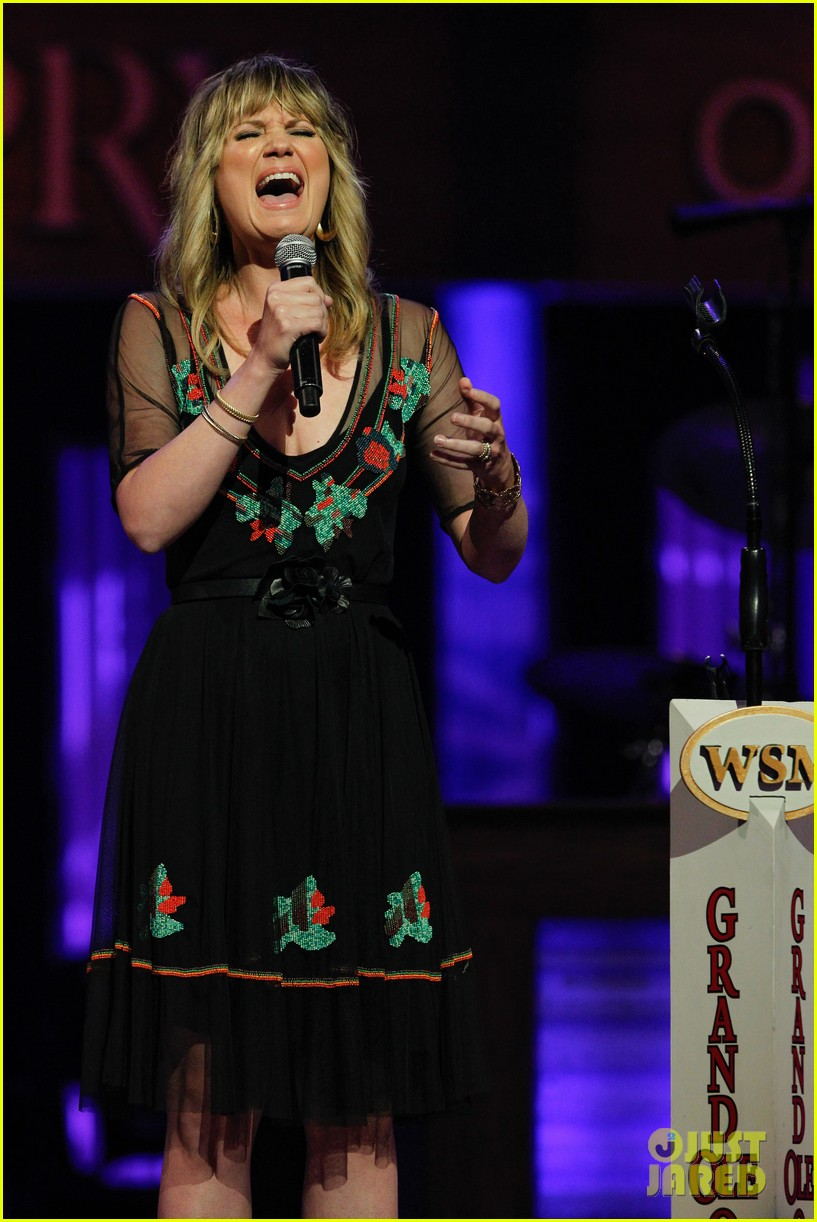 john legend jennifer nettles cmt music awards 2014 083128384