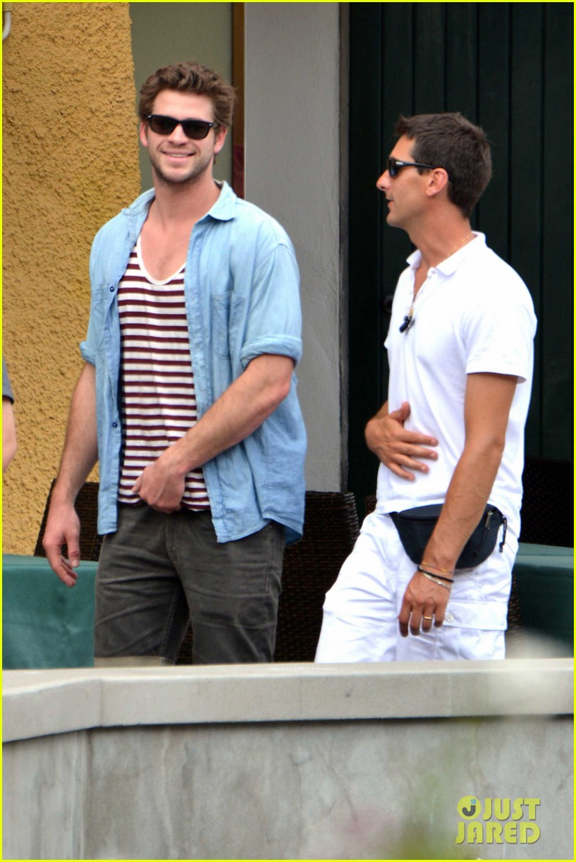liam hemsworth takes a vacation in portofino 12