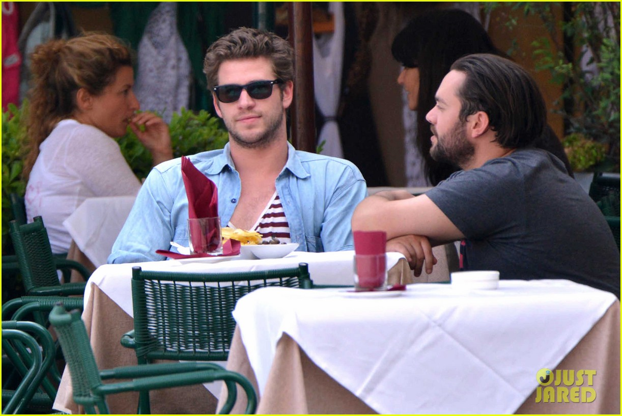liam hemsworth takes a vacation in portofino 143144851