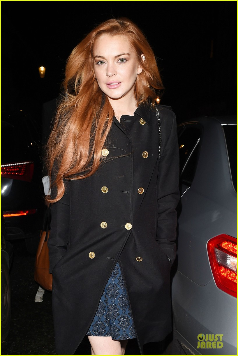 lindsay lohan change it up for dinner 04