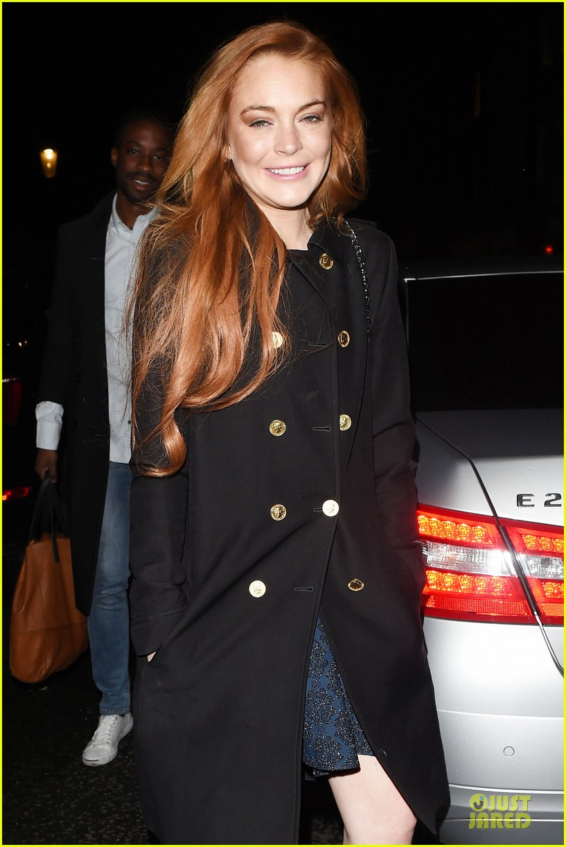 lindsay lohan change it up for dinner 103132774