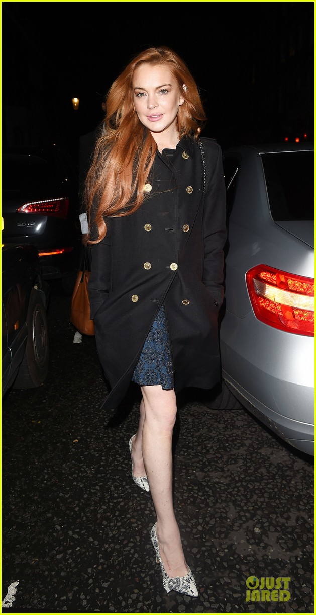 lindsay lohan change it up for dinner 11