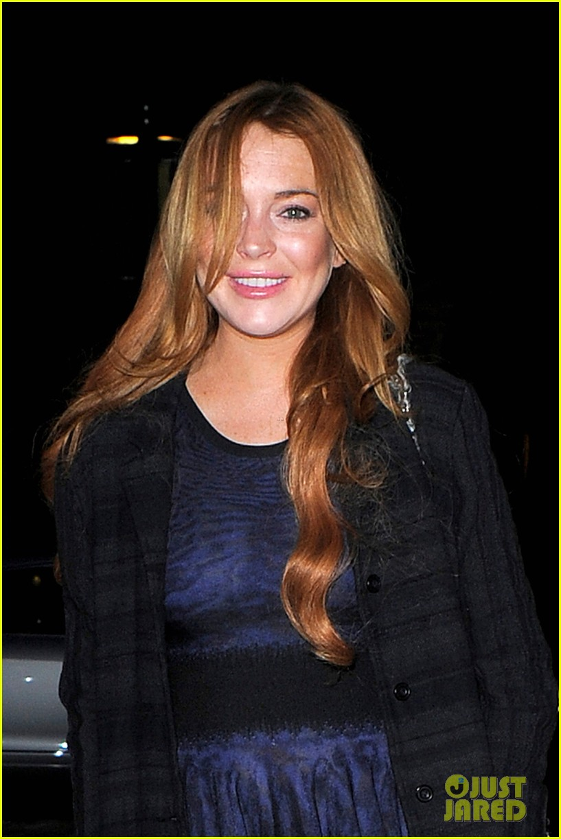 lindsay lohan changes up her look to evening wear for night out 02