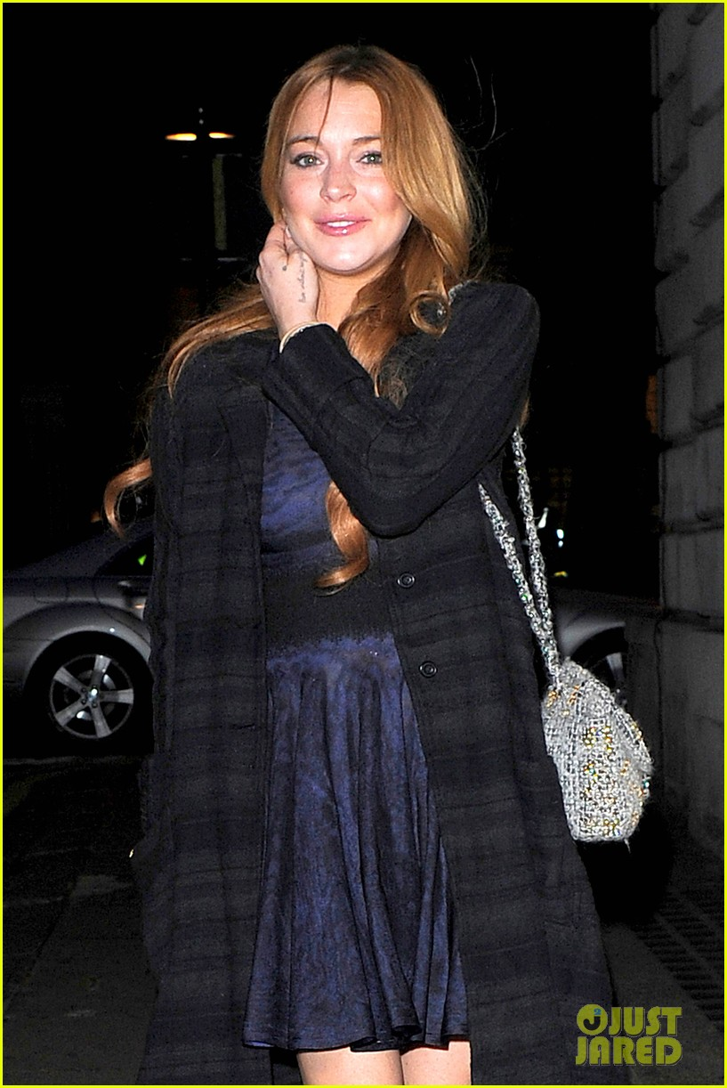 lindsay lohan changes up her look to evening wear for night out 12