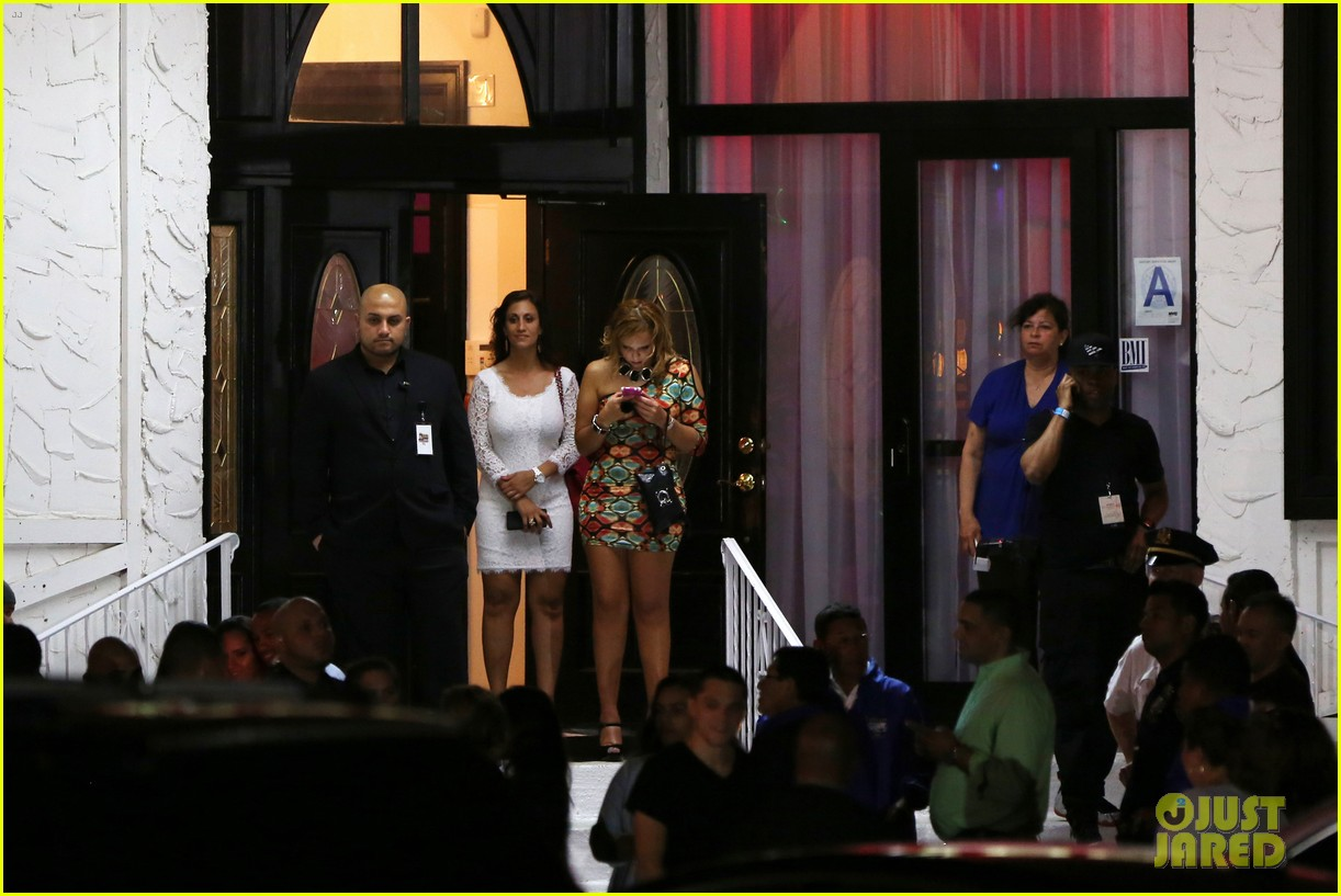 jennifer lopez celebrates her hometown concert with ti 143129172