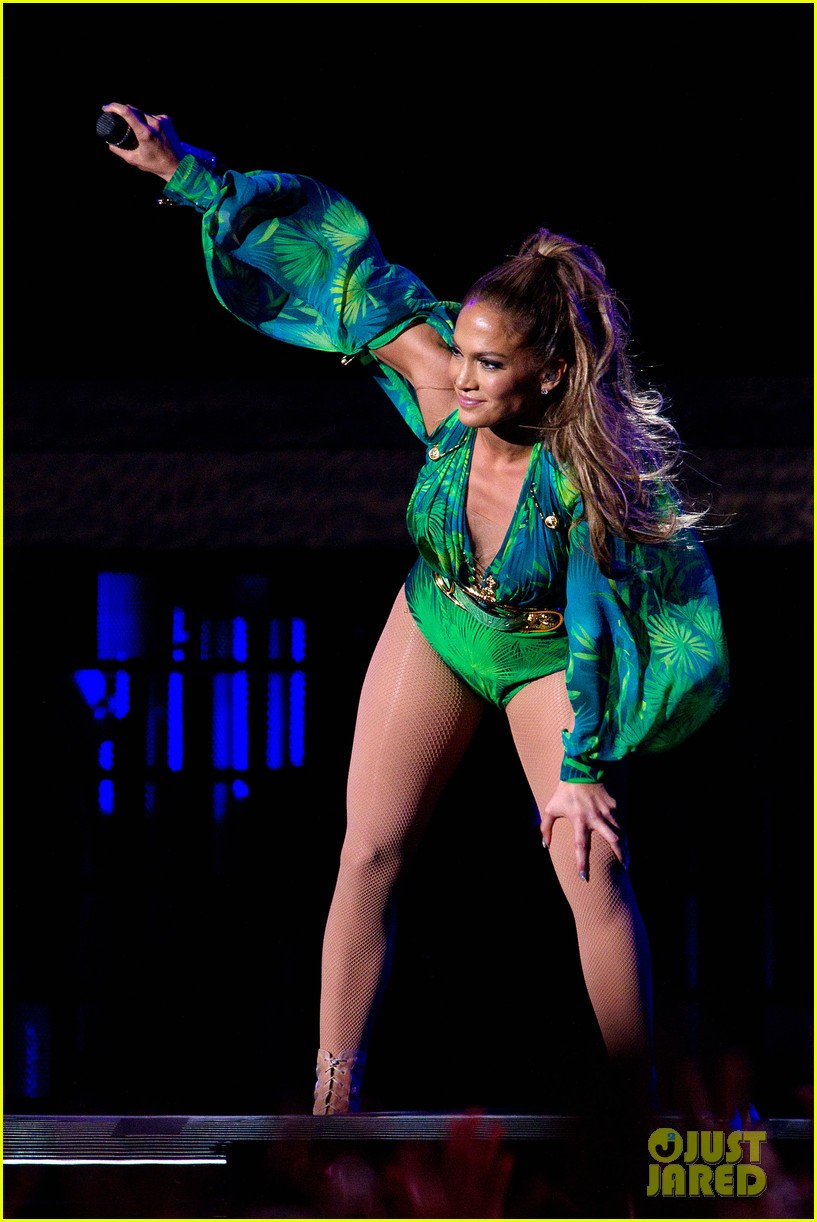 jennifer lopez hometown concert state farm 26