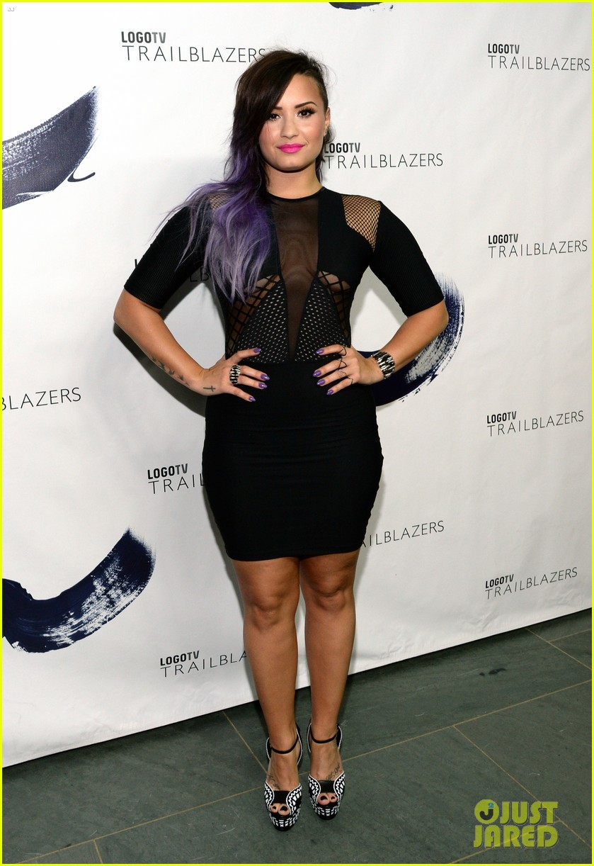demi lovato joins adam levine daniel radcliffe at logo tvs trailblazers 203142284