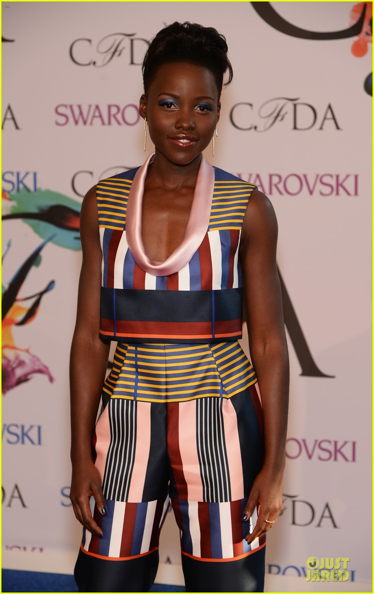 lupita nyongo jennifer hudson cfda fashion awards 2014 02