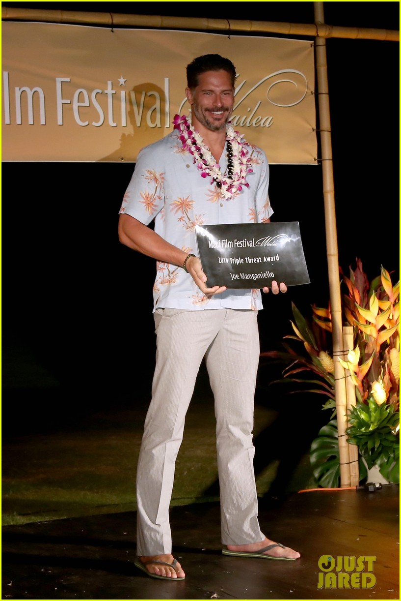 joe manganiello triple threat award 05