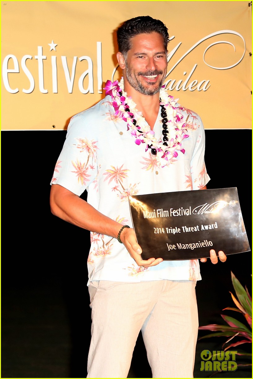joe manganiello triple threat award 153130605